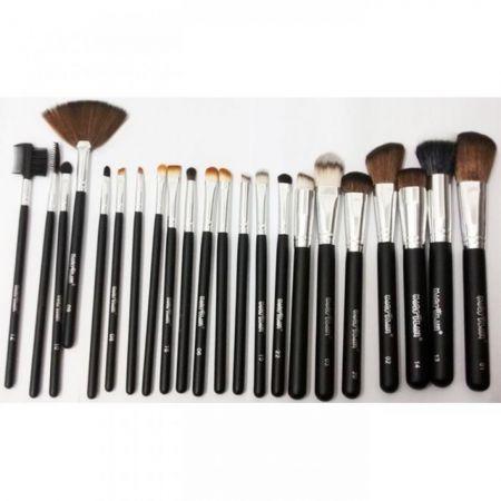 <p>Kit de Pinc&eacute;is Profissionais para Maquiagem Macrilan c/ 22 Pinc&eacute;is KP3-7B</p> - Kit de Pincéis