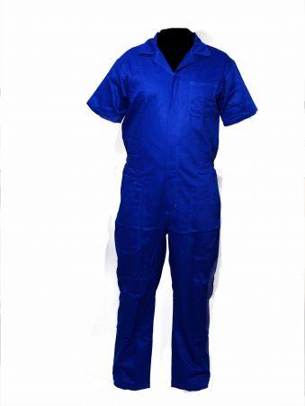 Macacão de brim azul manga curta